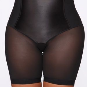 Fashion Nova L Mesh Shapewear Shorts